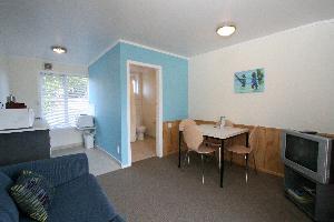 Motel 2 bedroom