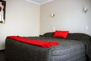 2 Bed Apt