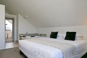 Premier 2 Bedroom wi