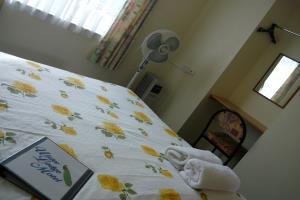 Std 1 Bedroom Q/S 2