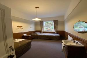 Twin Room Hotel
