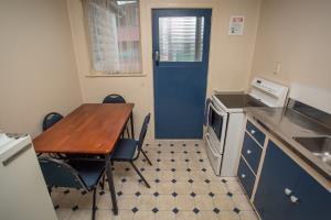 budget apartment 1