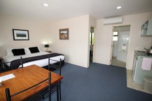 1 Bedroom King Unit