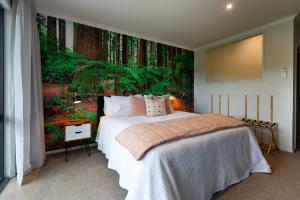 Redwoods Super King