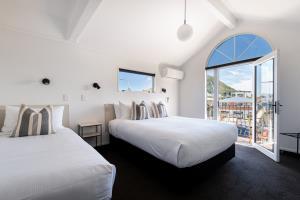 Fam Suite Balcony
