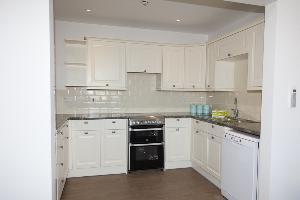 Cottage 5 Kitchen