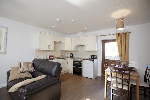 Cottage 2 kitchen/dining area
