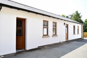 Home 9 Exterior