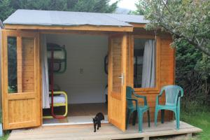 Cabin sleeps 4