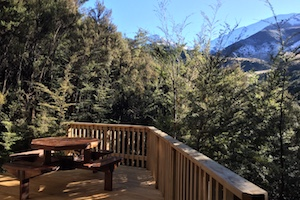Pokaka lodge outdoor deck