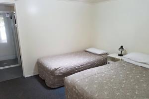 Motel for 4